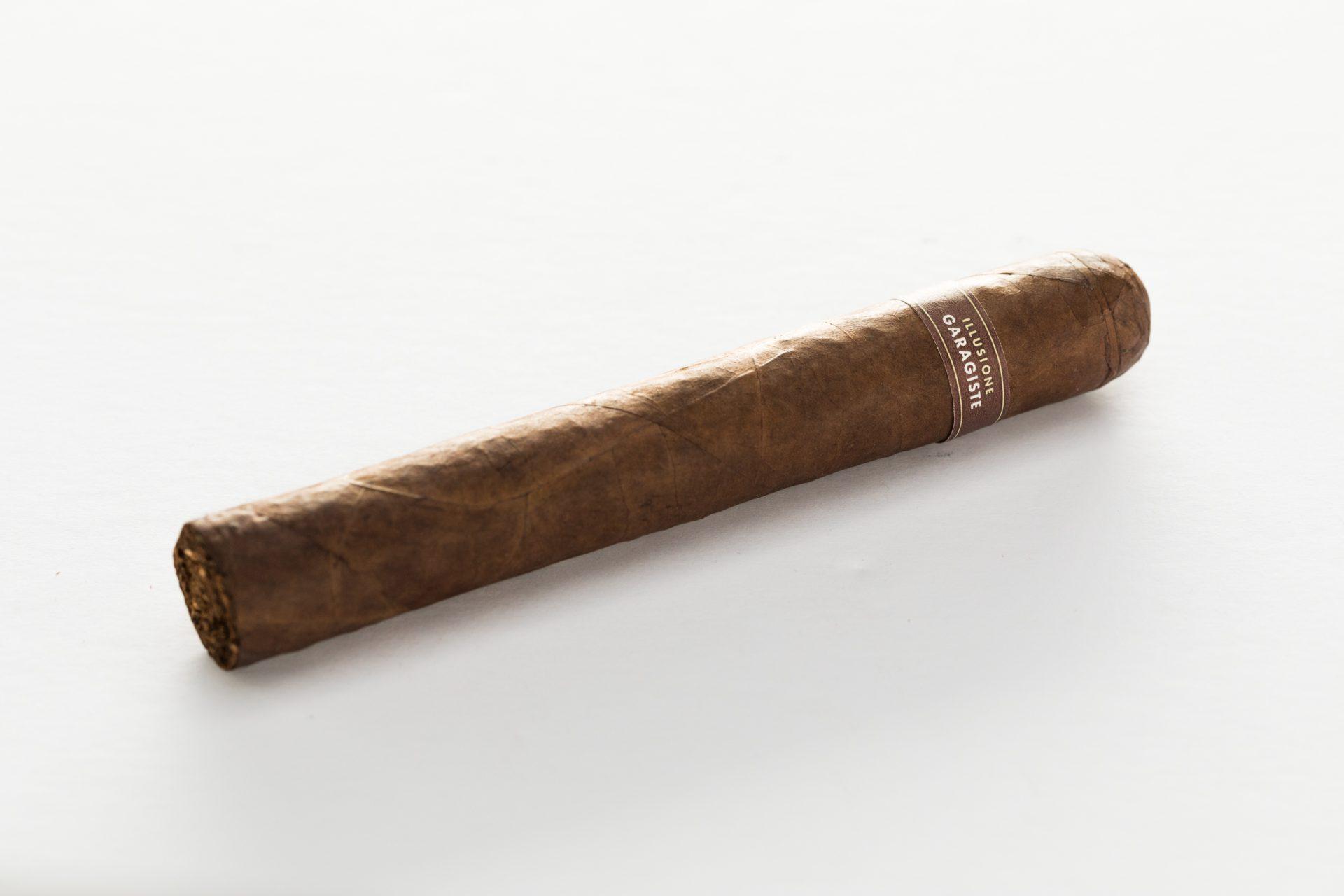 illusione-garagiste-gordo_single-cigar